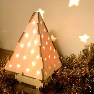 Project and Christmas Craft for kids.  Make it together.  A beautiful long-lasting wooden Christmas tree.